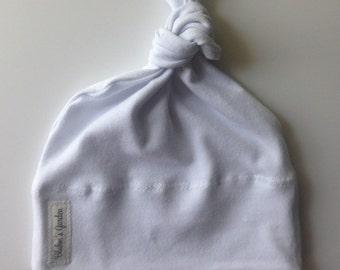 White Newborn Hat/ Baby Hat/Organic Cotton Hat/ Baby Knotted Hat/ Knotted Cap/ Organic Cotton Baby Hat/ Newborn Infant Hat / Gender neutral