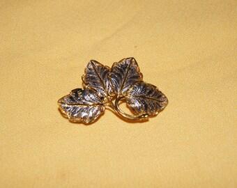Vintage 1950's -  Vintage Silver filigree outlined in gold, Four leaf Italian brooch.