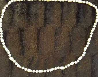 Vintage Beaded Necklace With White And Pale Yellow Round And Shaped Beads