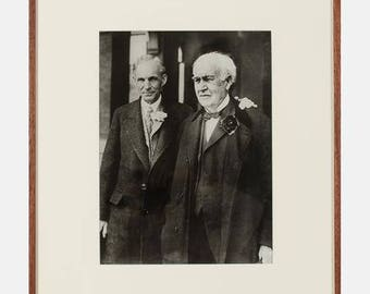 ANTIQUE Photoworld Newsphoto, (20th Century) - Henry Ford and Thomas Edison, c. 1926, Previously owned and from a wealthy estate sale.