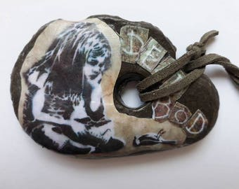 Hull Graffitti, Dead Bod  Raised Bridge, Girl & Bird, Rock Keyring, Decopauge Rock, Graffitti Rock, Pebble Art with grey leather strap