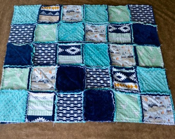 Rag quilt-Woodland Rag quilt-crib size rag quilt-twin size rag quilt-throw quilt-Aztec rag quilt-Bedding