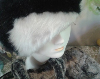 Vintage faux fur hat
