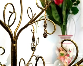 Flower Wire Earrings by Anne O'Brien Design / Gold and Amber Wire Earrings