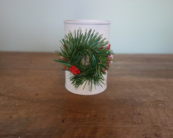 Christmas tin can with wreath and peppermints