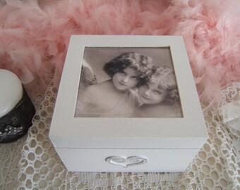 Shabby photo wooden box with cherubs illustration