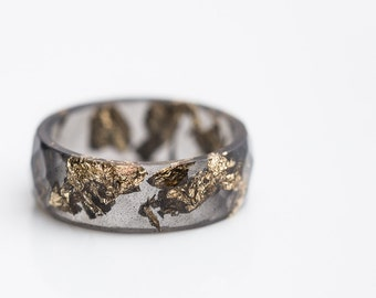 Black Resin Ring Men Ring Gold Flakes Big Size 10 Faceted Ring OOAK for him dark gray minimalist jewelry
