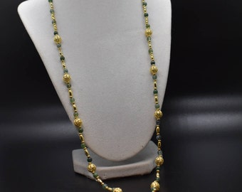 Green and Gold Women's Beaded Necklace, Jade Look, Chic, Stylish, Elegant, Trendy, Statement Piece, Fashion Piece, Costume Jewelry,