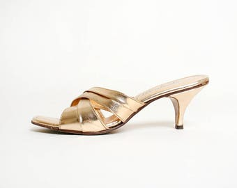 Vintage 1960s Heels - Gold Leather Mule Style Slipper Heels - Kitten Heel - Lounge Fashion - Golden 60s - Resort - Size 6 1/2