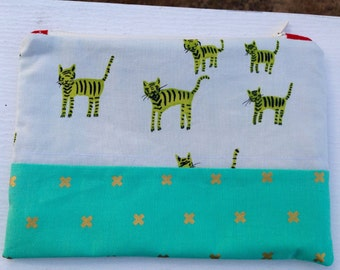 Small zipper pouch zipper bag zippered pouch makeup bag craft pouch sewing accessory small project bag cat gifts cotton and steel cat bag