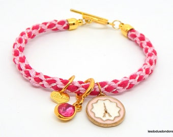 Light pink Eiffel Tower charm bracelet