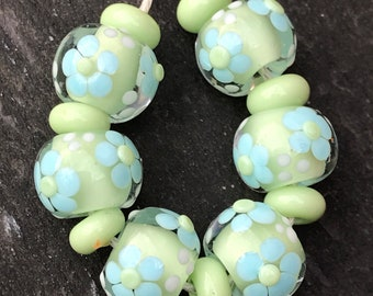 Pastel daisy lampwork bead set SRA fhfteam