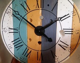 Wire spool clock | Etsy