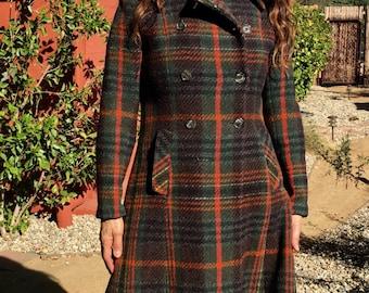 Vintage Irish Wool Hourihan Tartan edwardian Coat M