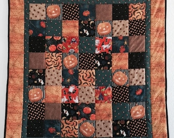 Halloween Quilt, Baby boy quilts, Baby girl quilt, Baby quilts handmade, Quilt for baby, Wall hanging quilt, Baby quilts for sale, Quilts
