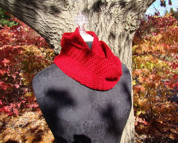Hand crocheted autumn red cotton infinity scarf-READY TO SHIP