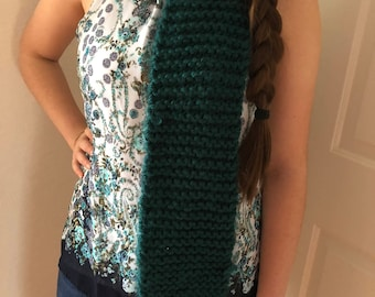 Teal hand-knit acrylic scarf