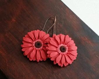 Dark pink gerbera daisy earrings handmade from polymer clay, flower jewelry, dark pink earrings, daisy earrings, flower earrings, boho