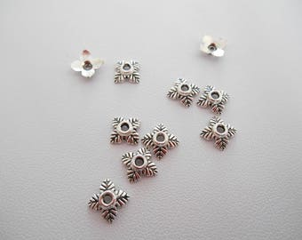 50 bead caps or silver metal caps. Size 6 x 6 mm.