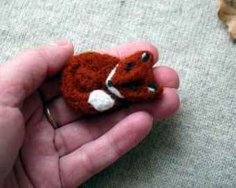 Felted brooch Fox