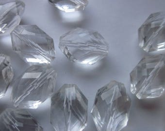 Clear Transparent Acrylic Beads 22mm 14 Beads