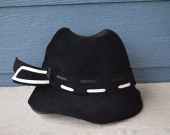 Lilly Dache Debs Black Felt Hat With White And Black Stitching