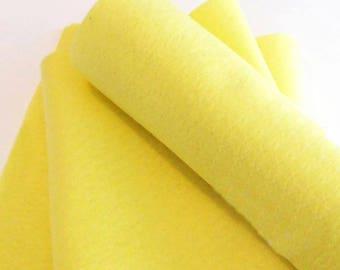 Fieltro, amarillo claro, rollo fieltro, 25 cm x 90 cm, fieltro suave al tacto, fieltro acrilico, fieltro de gran calidad, fieltro por metros