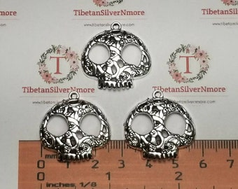 6 pcs per pack 26x25mm Light weight Flower Textured Sugar Skull charm Antique Silver Lead free Pewter.