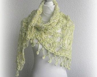 Beautiful Triangle Shawl, Neckwarmer in citrin,cream,white with designer yarn