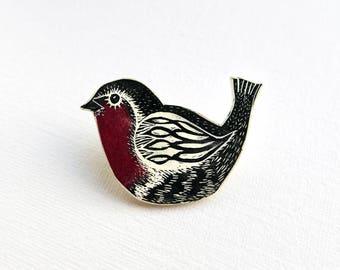 Robin Brooch, robin redbreast pin badge, cheerful lapel decoration, handmade robin gift, bird brooch