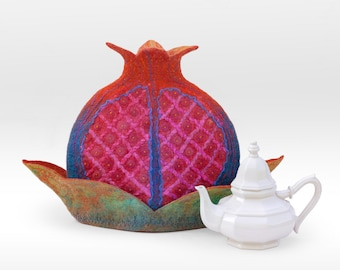 Felted teapot cozy pomegranate III.