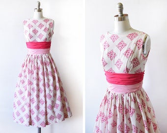 50s pink floral dress, vintage 1950s dress, pink flower print cotton sundress with bows, extra small xs