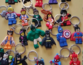 Lot of 21 Party favors  Keychains  Batman Spiderman Super Heros Free Shipping