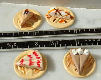 1:12 scale Set of 4 Assorted Cheesecake Dessert Plates dollhouse food