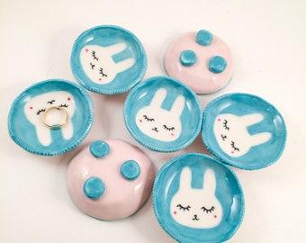 Kawaii little bunny rabbit ring dish //mini jewelry holder// cute white usagi mini bowl// pastel colors// easter gift // jelly beans