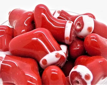 Christmas stocking beads; beautidul bright red, lampwork glass Christmas stocking beads, approximately 15x15x8mm, 2-4pcs/2.80-5.60