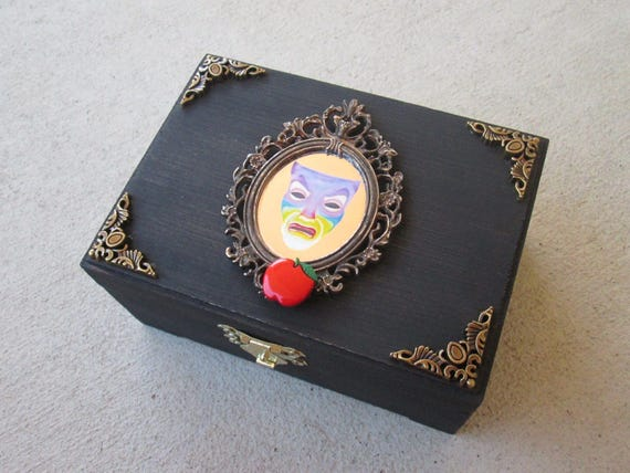 Magic Mirror from Snow White inspired trinket jewelry box