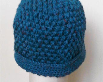 Banish winter blues with this warm and cosy puff stitch hat