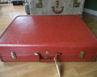 Vintage brown suitcase ,Taperlite, Large suitcase,26x20x8