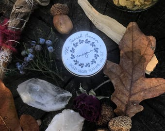Enigma - Vegan Solid Perfume Tin 15g / 0.5 oz /15ml - Made with Essential Oils of Oakmoss, Myrrh, Ginger, Patchouli, Frankincense and others