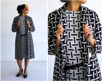Vintage 1960's Mod Dress and Contrasting Matching Jacket in a Black and White Geometric Line Print by Roberta Lee | Medium
