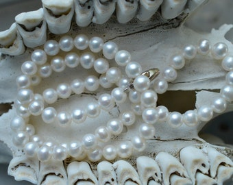 Classic pearl necklace - CLEARANCE