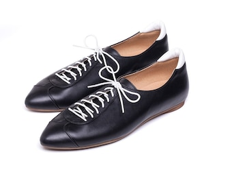 Women leather shoes, flat shoes, pointed toe shoes, black oxford shoes, black leather shoes, casual shoes. Alexander model.