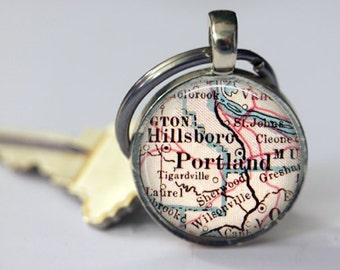 Portland Oregon Keychain for Graduation Gifts, Boyfriend, Mens Gift, Gifts for Husbands, Gifts for Girls, Godmother Gift, office gift