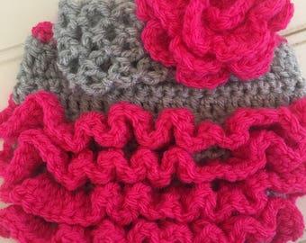 Baby shower gift, vintage inspired photo prop, newborn, crochet diaper cover set, cream, pink, baby girl headband, flower