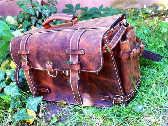3 access in briefcase, Complex organizer Bag, Messenger Bag, Doctor bag, Multi compartmented bag, Organiser Briefcase