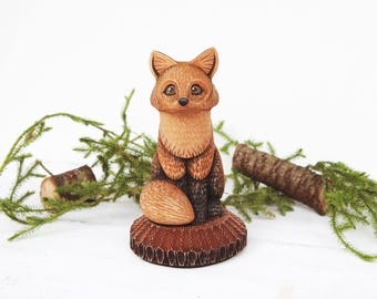 Wooden Fox Figurine Wood Carving Woodland Animal Wooden Fox Statue Woodcarving Carved Fox Lover Gift Red Fox Miniature Wooden Animal Art