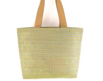 Large Tote with Zipper // Fabric Tote Bag // Tote Bag with Pockets// Handmade Tote //Vegan Tote