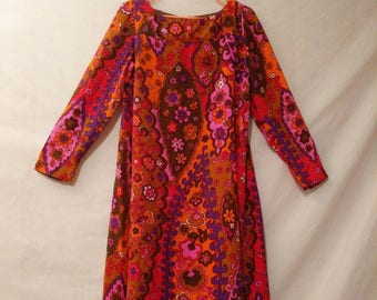 Vintage Psychedelic 1960's Shift Dress