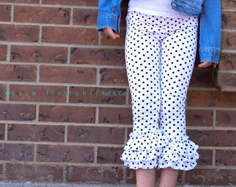 Size 10.   Ready to ship black dot triple ruffle capris
